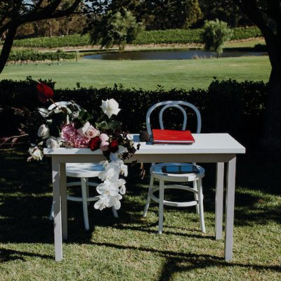 Kate – Signing Table – White and Grey